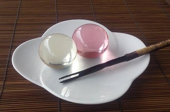 瑠璃飴(るりあめ)